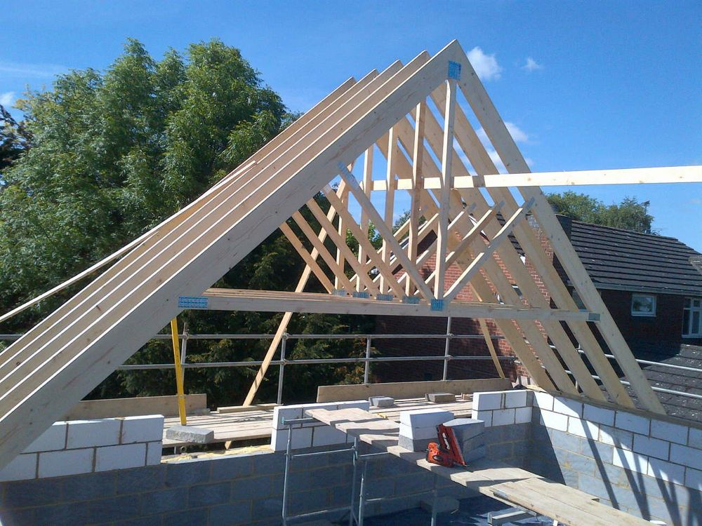Image of New Build Project in Witham Reaches Roof Height