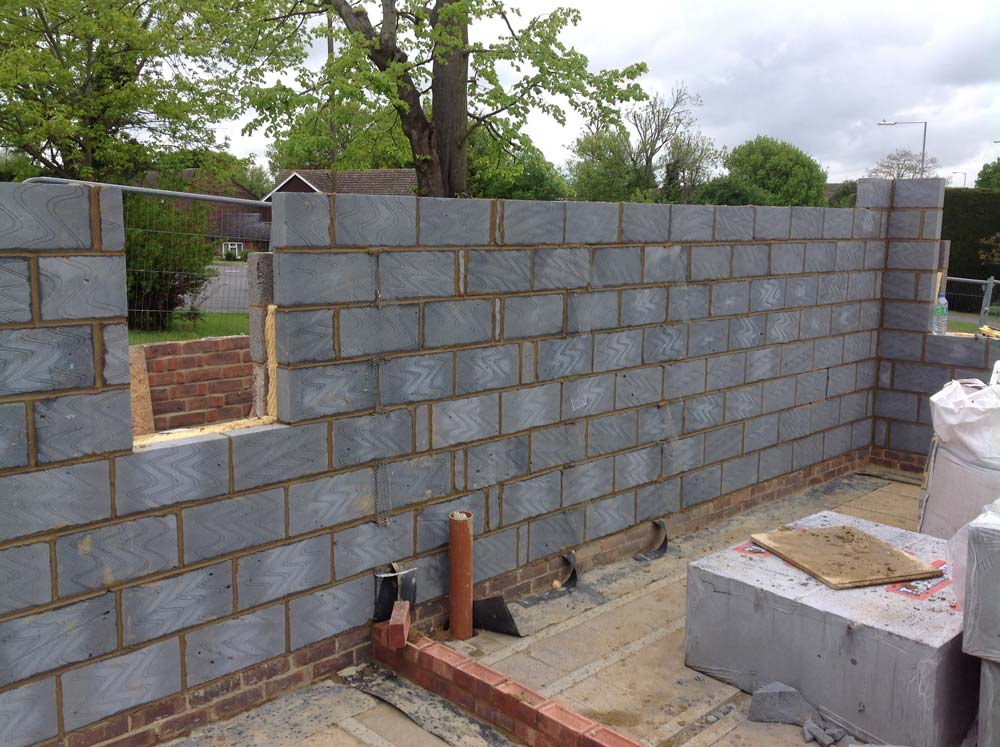 With a few days of good weather, the blockwork is now taking shape quickly